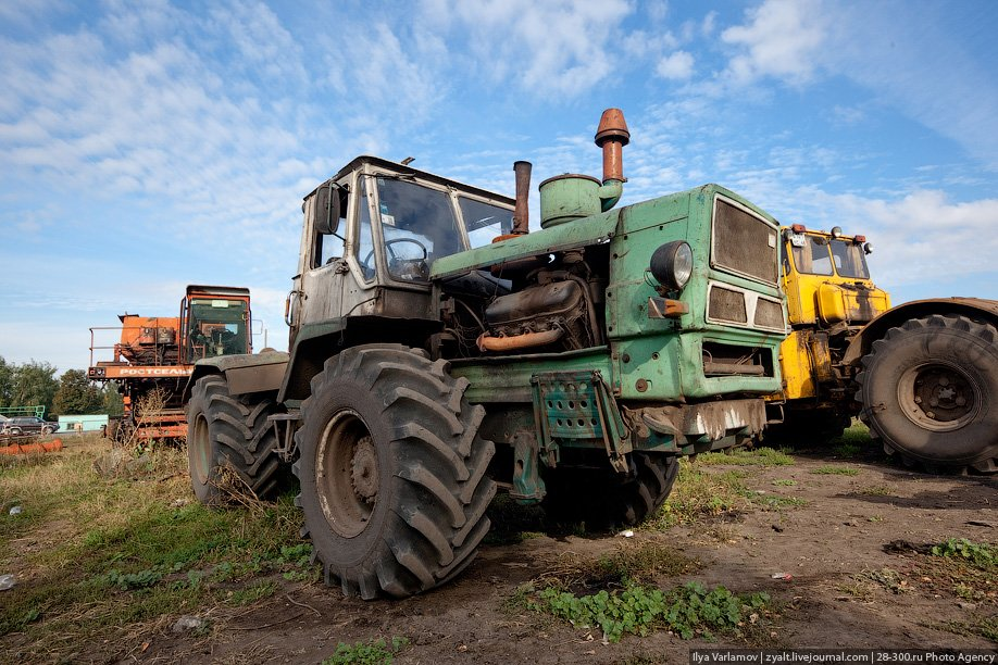Трактор видео