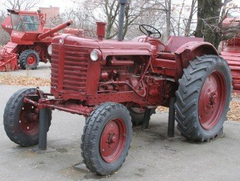 Трактор_МТЗ-5_Сокол_гора1