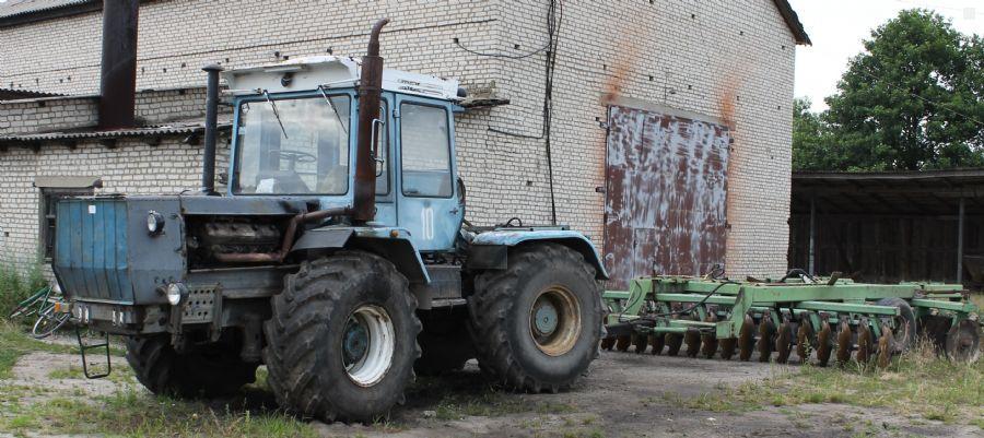Traktor--KhTZ-17021-1377508_1