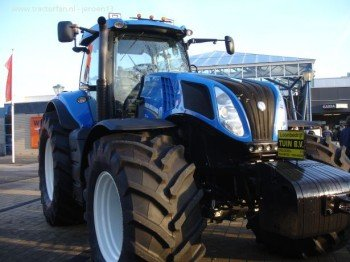 570748-t-8390-new-holland