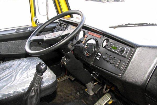 кабина оператора камаза 5308